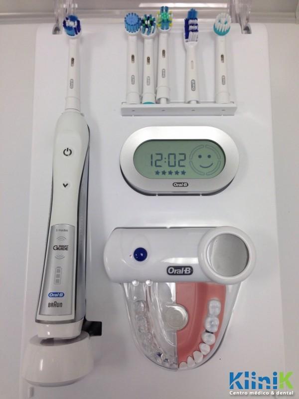 KLINIK colabora con ORAL B en su campaña de educación en higiene oral